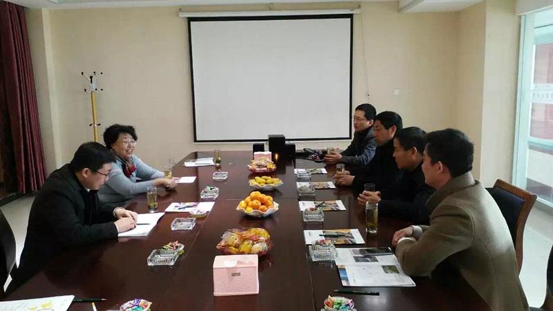 墻委會赴東岳參觀加氣混凝土設備作企業調研